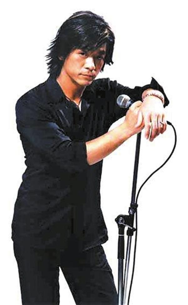 中国摇滚乐领军人物_秦勇从黑豹乐队主唱到代驾司机