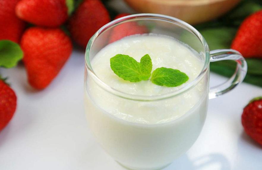 红酒加酸奶能减肥吗_这样喝红酒减肥又美体!