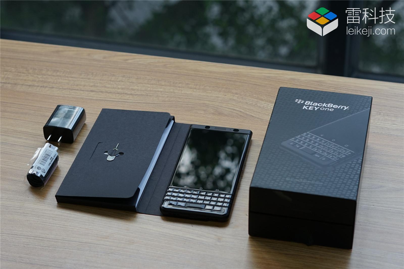 安卓8.0系统要烂大街了?现在黑莓KEYone也将迎来更新