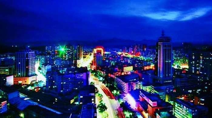武汉经济总量与宜昌_宜昌和武汉的面积图