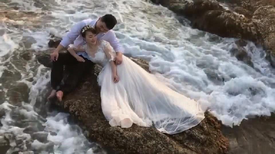 婚纱照海里_婚纱照风格