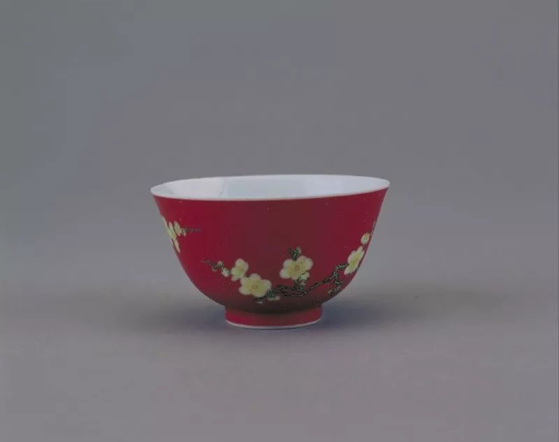 雍正珐琅彩瓷工艺特点
