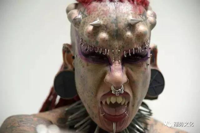 看看纹身界的9大刺青狂魔.图片