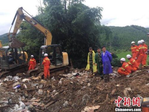 广西凌云山体滑坡6人遇难 失踪人员遗体全部找到