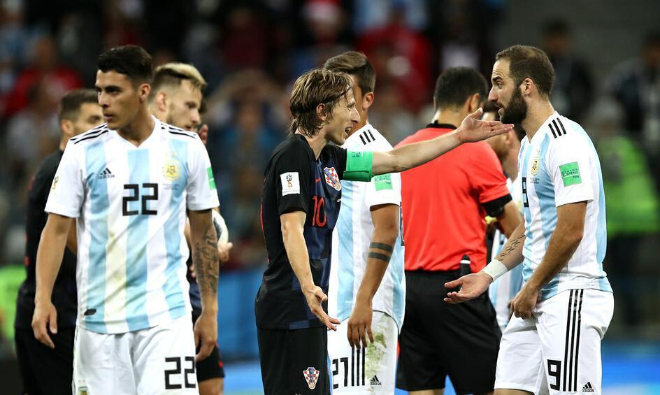 梅西成最早备战下届世界杯的球员,阿根廷做到这点可稳获出线