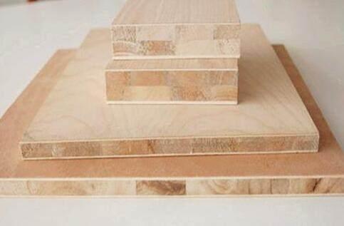 卧室衣柜用实木多层板还是大芯板好?很多人不懂傻傻让工人坑了!