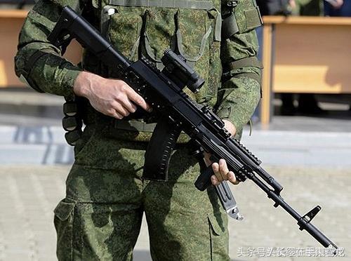 俄罗斯军队使用的——ak-12突击步枪
