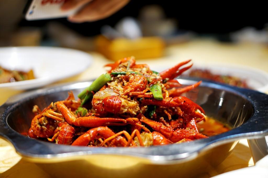 狂欢世界杯,长沙这七家最好吃的小龙虾让你高潮