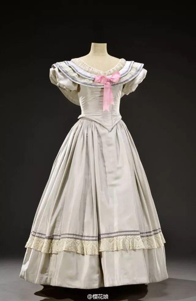 复古礼服裙| 1950'S,现在看依然很仙!64 作者:千叶老师 帖子ID:2709