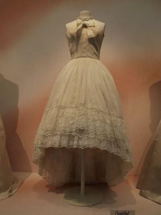 复古礼服裙| 1950'S,现在看依然很仙!49 作者:千叶老师 帖子ID:2709