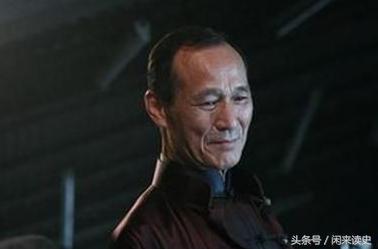 曾与李小龙齐名,从帮会大佬到影视明星,他的人生颇具传奇色彩