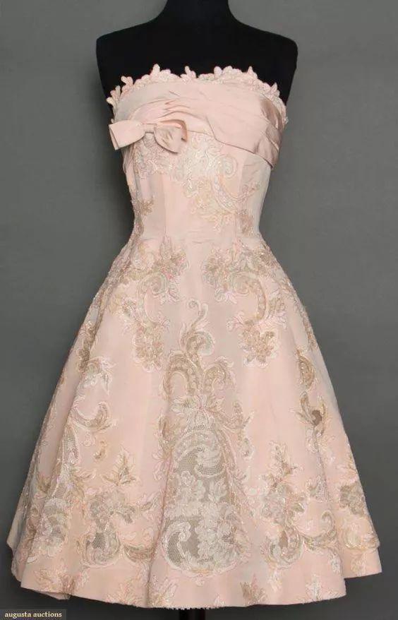 复古礼服裙| 1950'S,现在看依然很仙!40 作者:千叶老师 帖子ID:2709