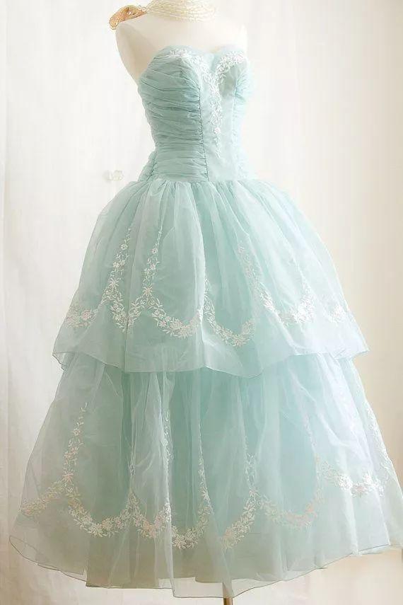 复古礼服裙| 1950'S,现在看依然很仙!97 作者:千叶老师 帖子ID:2709