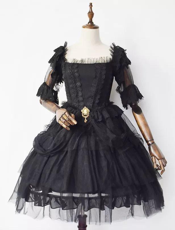 洛丽塔风格服装_这件lolita风格的服装,能成为《创造101》的队服吗?