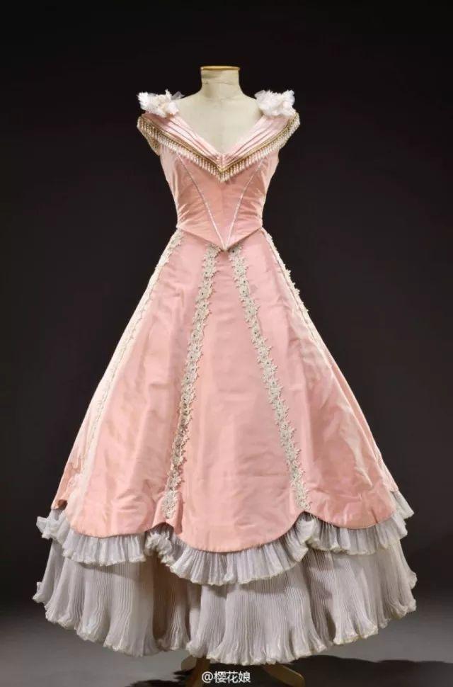 复古礼服裙| 1950'S,现在看依然很仙!6 作者:千叶老师 帖子ID:2709