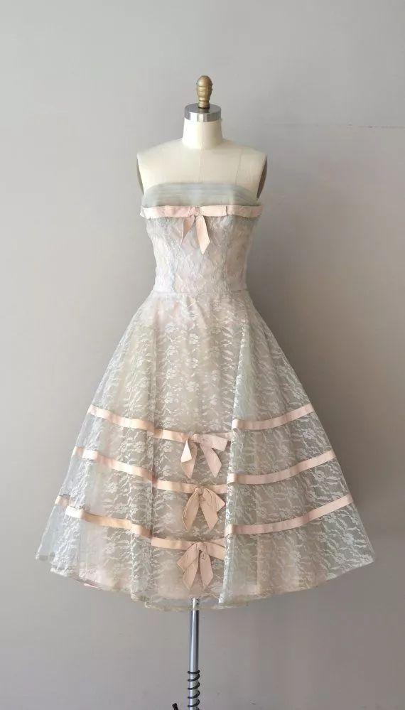 复古礼服裙| 1950'S,现在看依然很仙!0 作者:千叶老师 帖子ID:2709