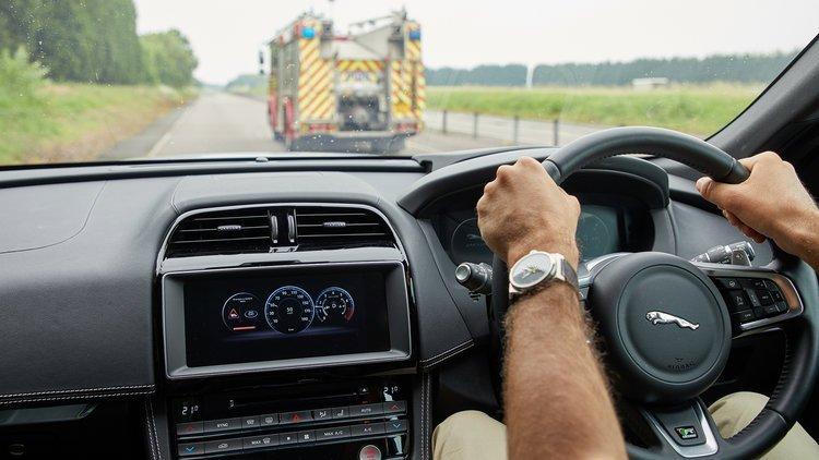 捷豹路虎测试车辆互联技术 为无人驾驶铺路