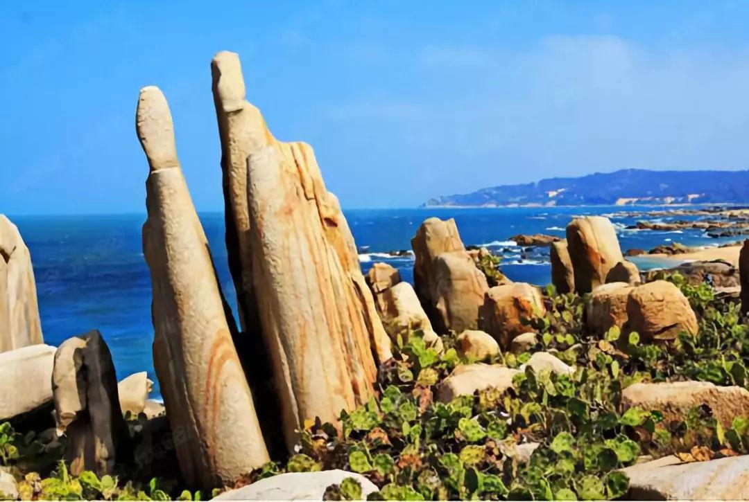 """素有""""千块秀石筑海湾,万亩沙滩落海南""""的大自然美景;棋子湾旅游度假区图片"""
