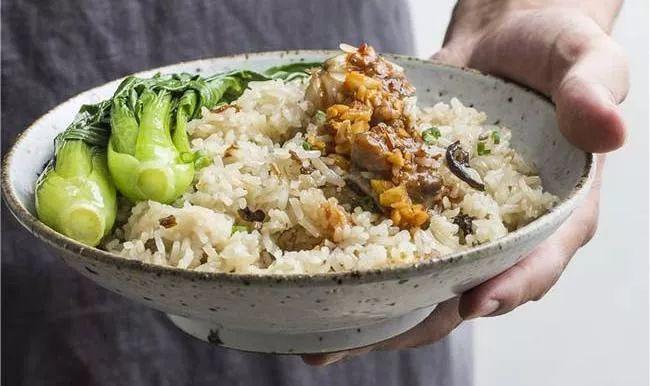 隔夜饭能吃_除了霉变食物,隔夜饭菜容易诱发癌症外,很多坏习惯也会引发癌症.