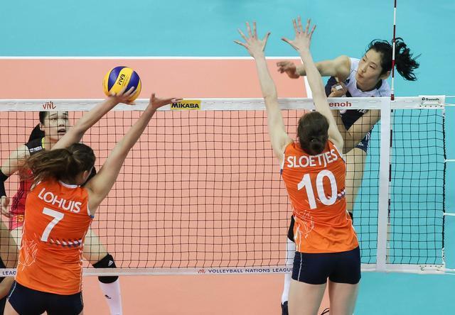 3比1逆转荷兰队、朱婷独揽36分,中国女排世联赛总...