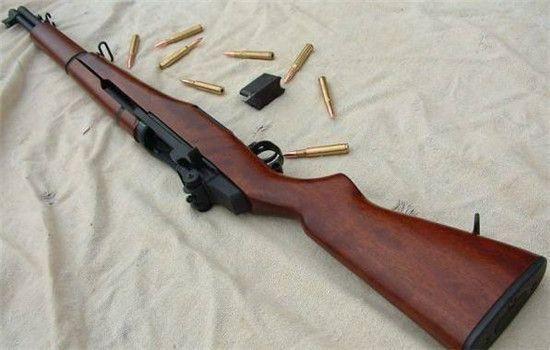 加德兰步枪图片_SVT-40半自动步枪与M1式加兰德步枪比较