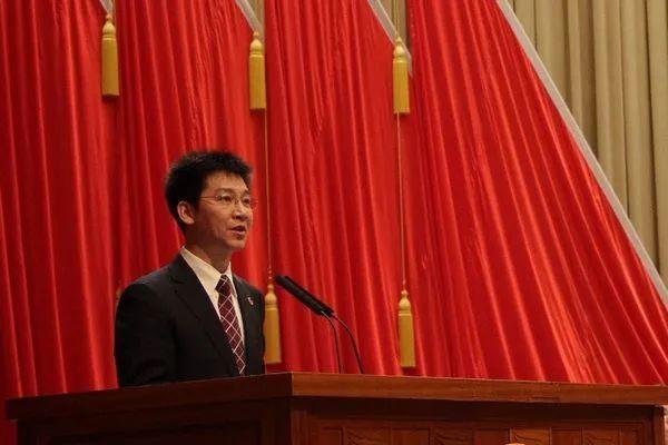 最年轻正部级,贺军科当选团中央书记处第一书