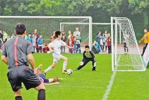 中国足协青训中心训练营本周重庆开练 李树斌