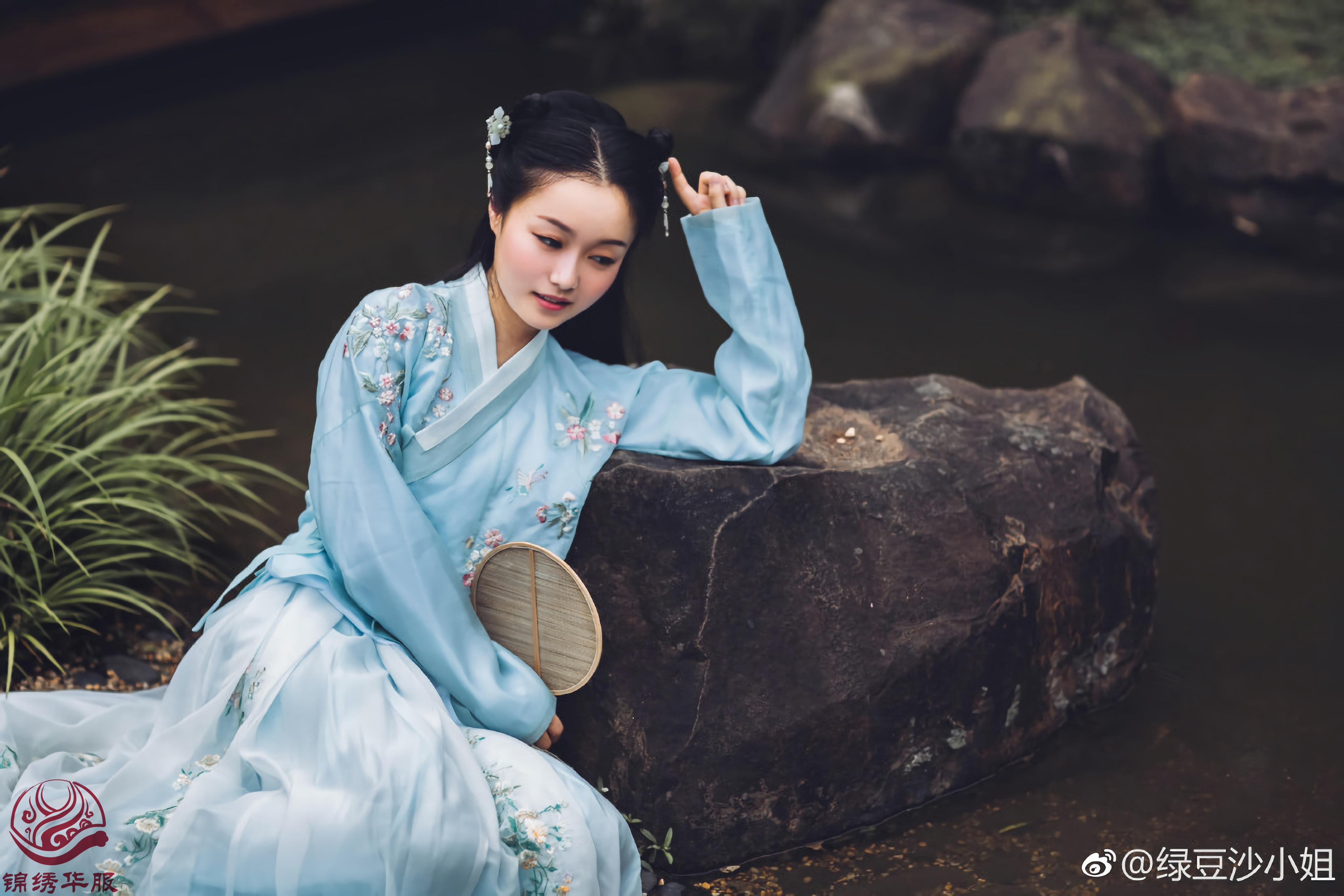 汉服写真第十三期-女孩就该这样穿更能体现华夏之美