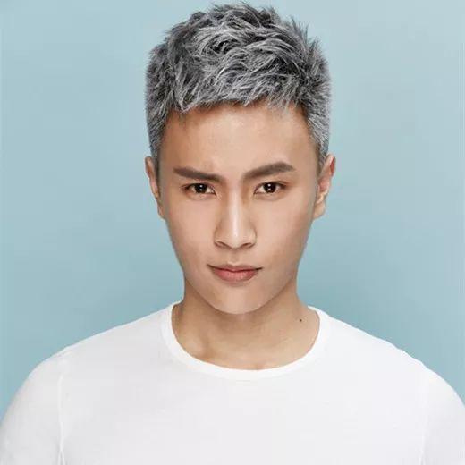 2018夏季最新男士发型出炉!简单发型!清清爽爽