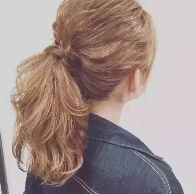我就随便扎了这个发型,大家都说我变美了!