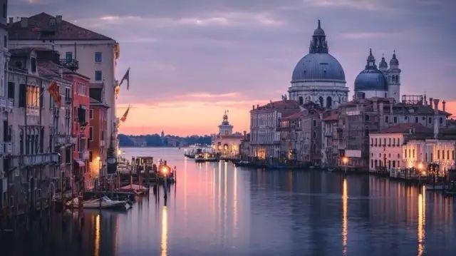 第75届威尼斯电影节聚焦中国官方晚宴9月1日在威尼斯丽都岛举行