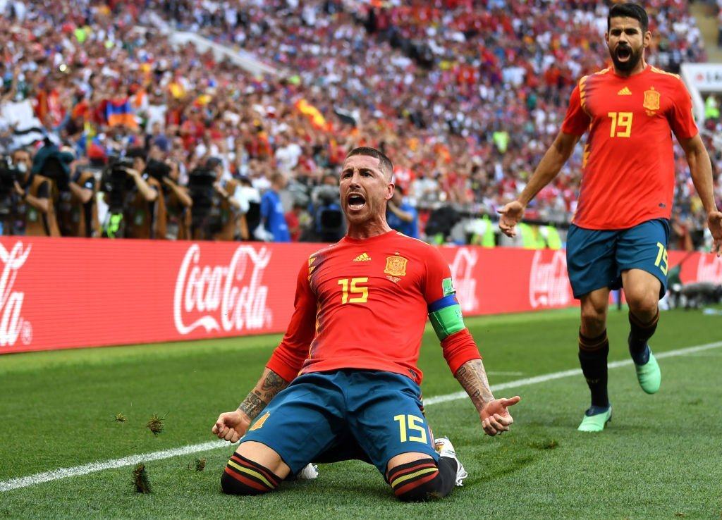 世界杯-老将乌龙久巴点射扳平西班牙1-1俄罗斯