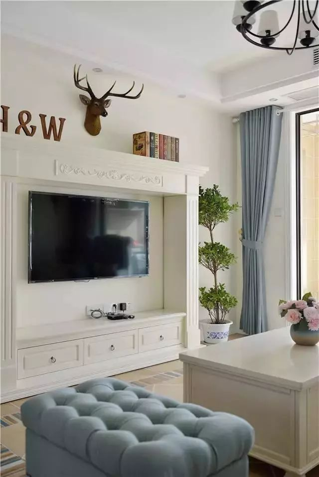 家居起居室设计装修640_958竖版竖屏企业画册设计印刷图片