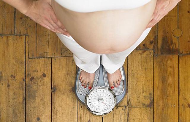 """""""生育全周期""""宣传月:孕期可以""""减肥""""吗?"""