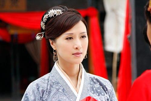 两人同演《追鱼传奇》,赵丽颖红成一线,而她退出娱乐圈韩国电视剧08年图片