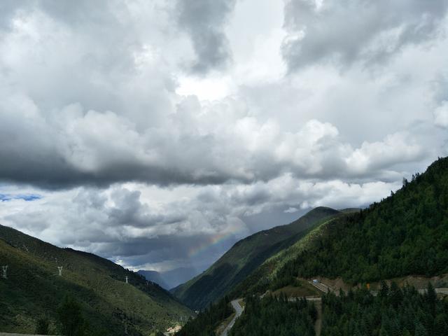 自驾走川藏线?看看这些路况再决定! 川藏线旅游攻略 第6张