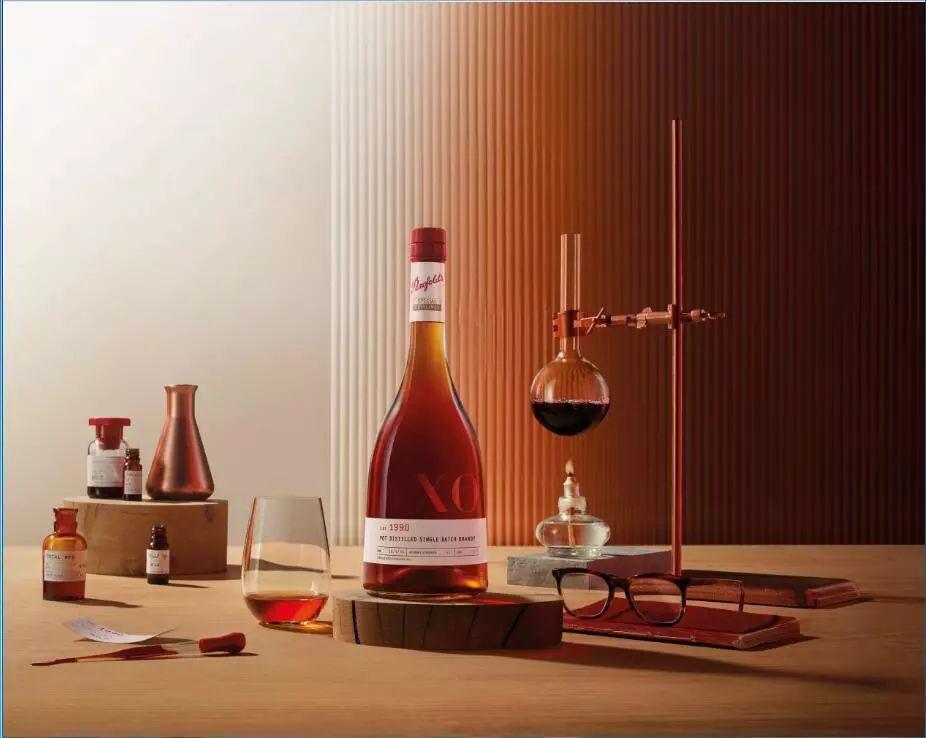 """《富邑新推""""Penfolds奔富特瓶""""系列,融入白酒元素,多品类实施全球占位》"""