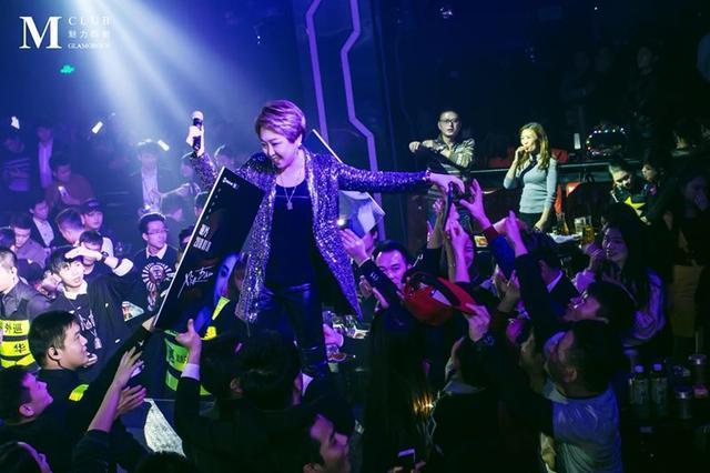 谢丹单曲《东北姑娘》酷狗音乐上榜, 完美唱腔实力展现!