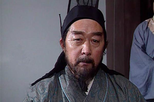 法正首创一成语,使诸葛亮的构想变成现实,令刘备登上事业巅峰