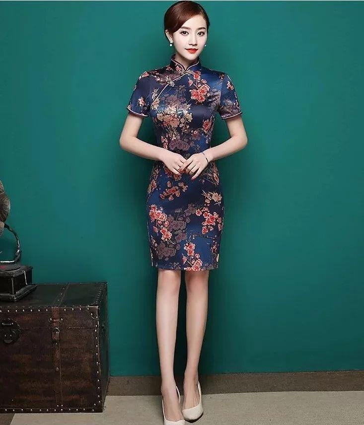 国色天香,从一件墨兰印花的旗袍开始!