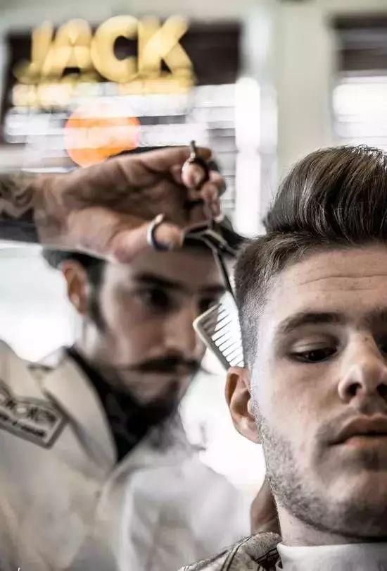 如何能让理发店剪出你喜欢的发型?