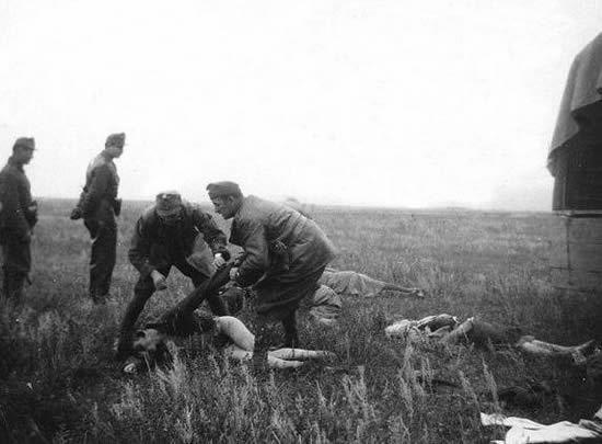 二战德军 赤裸凌辱 苏联女兵图片