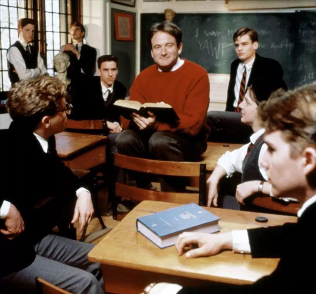 《死亡诗社》:你是否遇到过真正的老师?丨聊聊英语