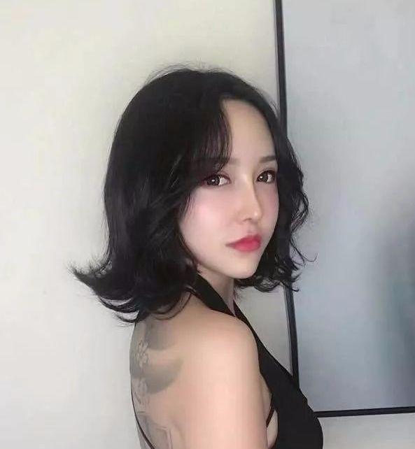 2018抖音网红发型 中长发最新发型女!