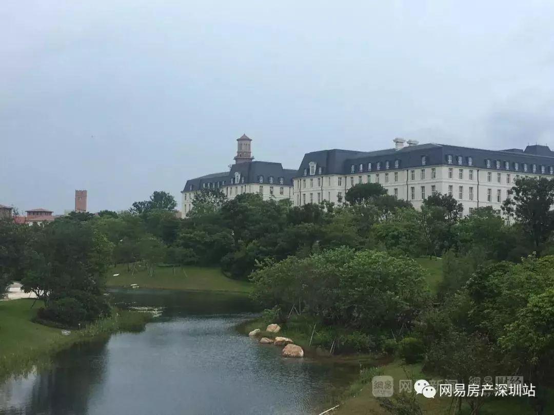 东莞财�:`&_实拍华为东莞松山湖新基地