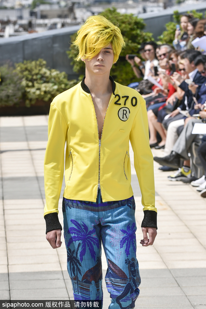 杀马特发型出现在2019巴黎男装周?