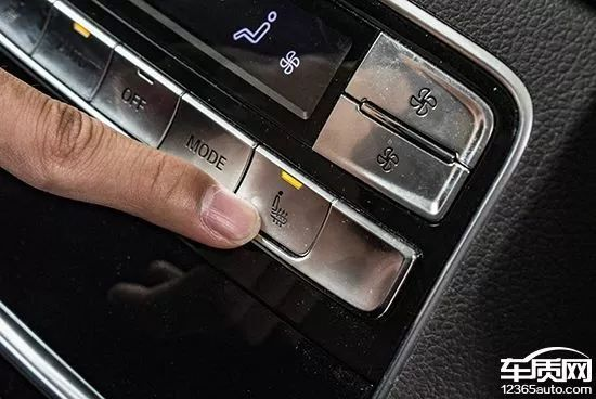 提供同时格外出色,空调该车第二排还采光了效果加热座椅和大灯控制新款比亚迪宋面板图片