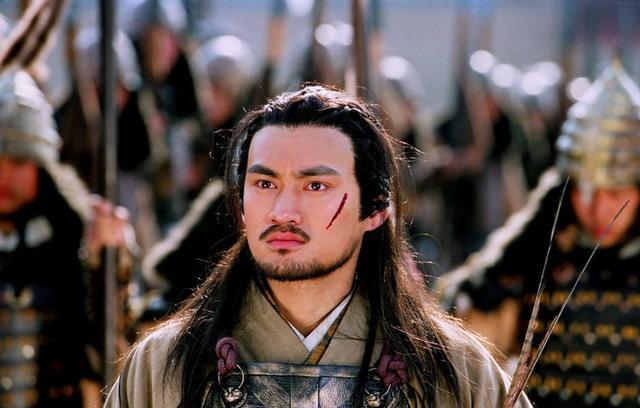 辽国皇帝视他如父,连太后都甘心顺从他,这个汉人本事不一般!