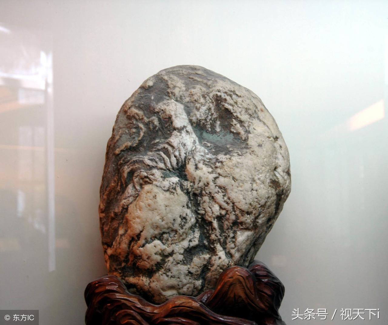 """他收藏十二生肖奇石10多年,历尽千辛万苦,只差一""""蛇""""石没找到图片"""