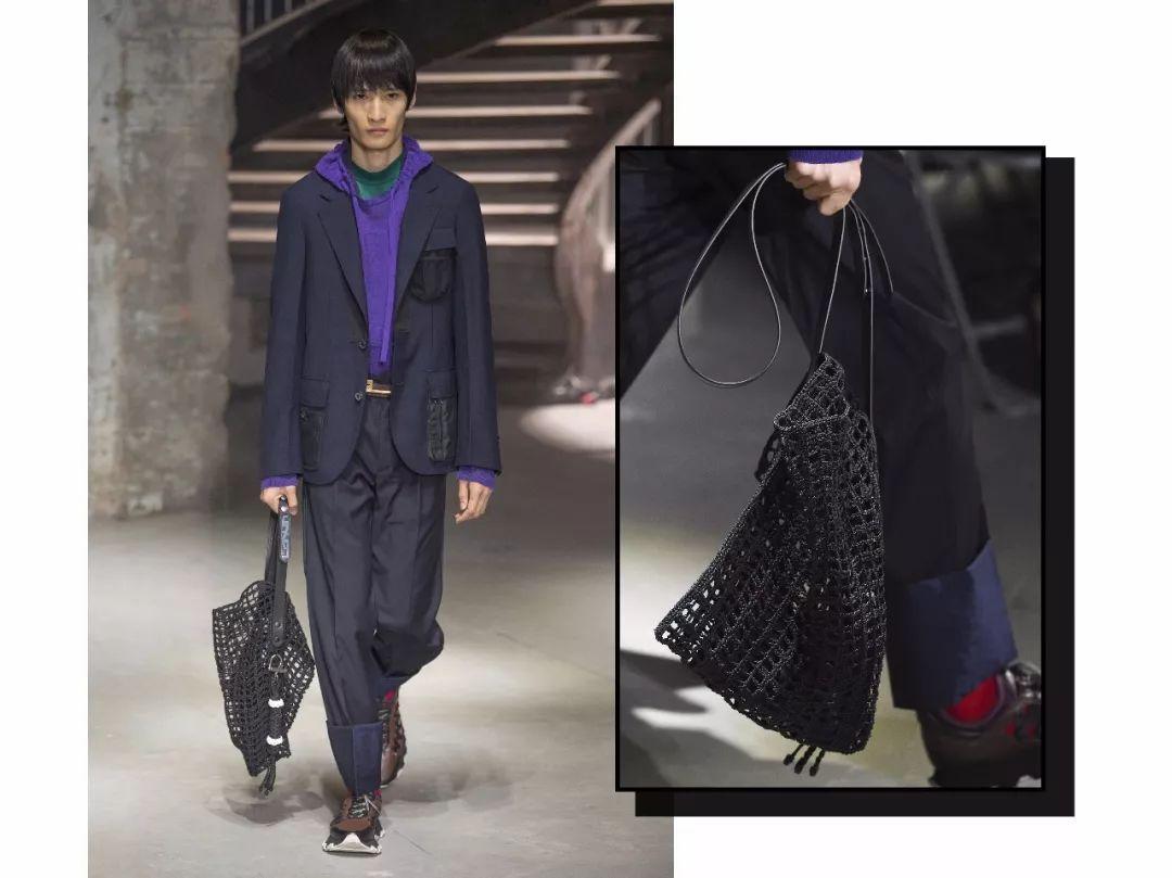 80%的女生都说最爱男生背这款包